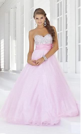 růžové šaty, 36