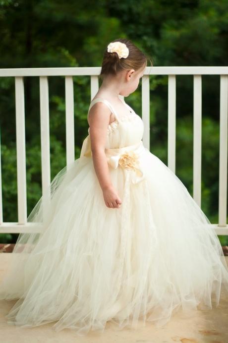 Družičkové šaty - barva ivory - tutu styl - 2015, 110