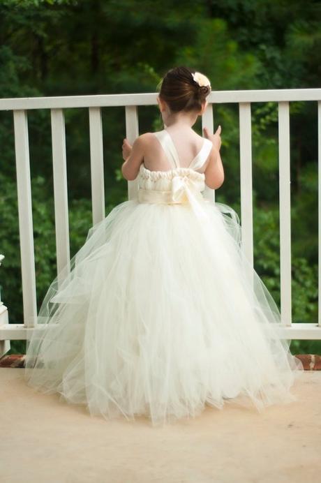 Družičkové šaty - barva ivory - tutu styl - 2015, 146