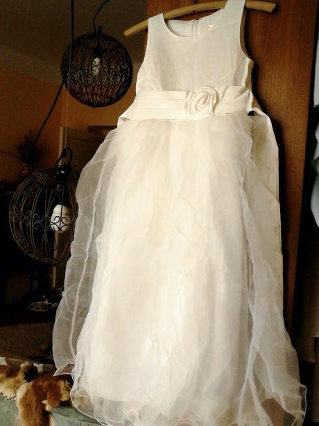 Princeznovské šaty, podlahová délka - bílé, 116