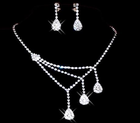 Sada - náhrdelník, naušnice,
