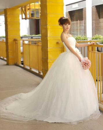 Svatební šaty - 2 styly, 38