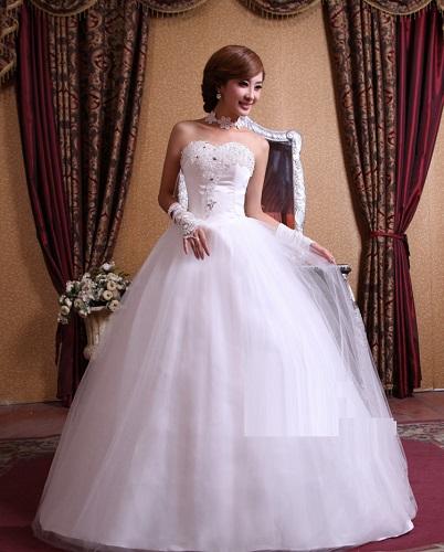 Svatební šaty, princezna styl, 40