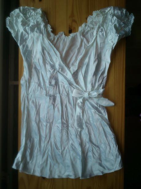 Satenova bluzka, S