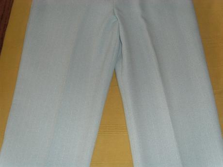 svetlošedý kostým nohavicový, 38