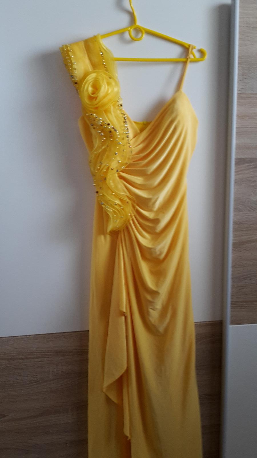 Spoločenské šaty 14feb1829ac