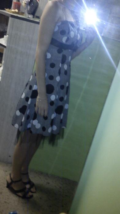 Puntíkaté šaty, XS