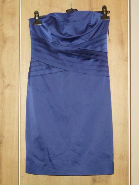 Tmavě fialové šaty ke kolenům, 40
