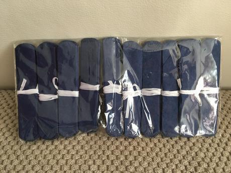 Velká krabice pom poms (cca 50 ks),