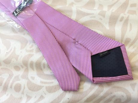 Růžová kravata (klasická) nepoužitá,