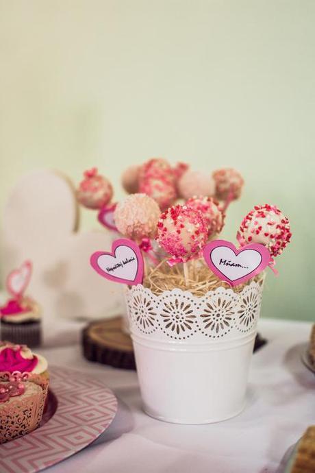 Nádobky na svatební cakepops, květináčky,