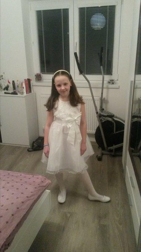 Družička - šaty , 146