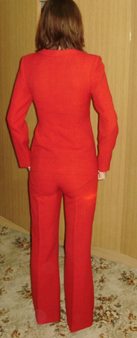 dievčenský kostým 3-kombinácia, 38