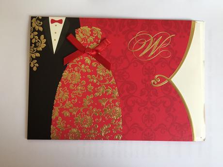 červená svatební pozvánka/oznámení,