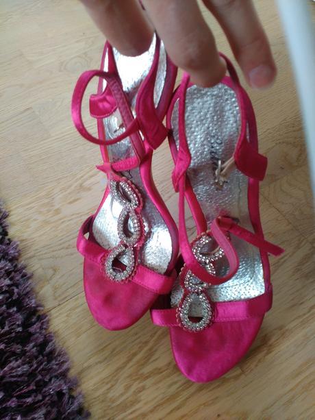 Růžové společenské sandálky, 38
