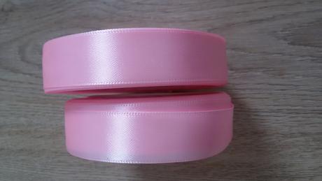 růžová saténová stuha 2 cm,