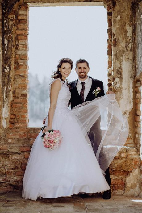 svatební šaty pro vysokou nevěstu, 40