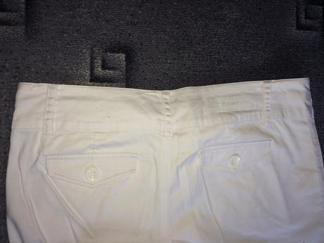 Bílé společenské kalhoty, značka Berschka, 38