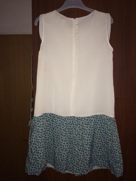 Bílo-modré šaty. Značka Zara, 164