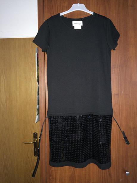 Černé dívčí šaty ještě s cedulkou, 152