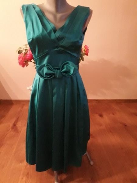 spoločenské šaty, S