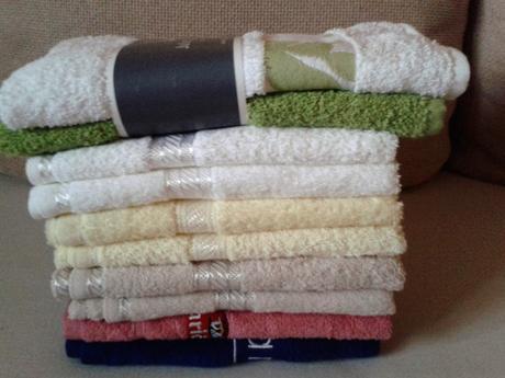 10 ks nepoužité uteráky a  6 ks nepoužité utierky,