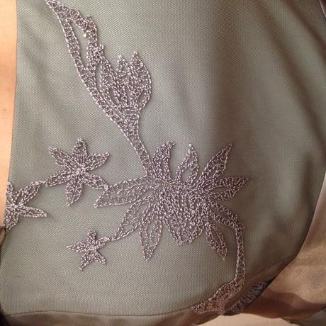 Šaty strieborné / sivé , 38