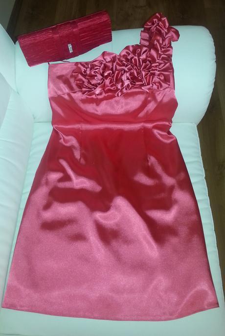 Krátke spoločenské šaty s kabelkou zadarmo , 40