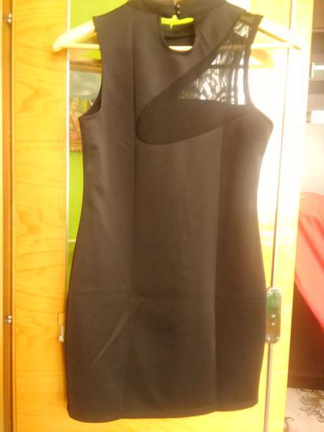 Čierno-zlaté šaty, S