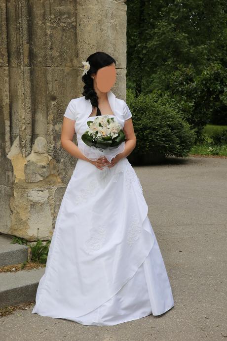 snehobiele svadobné šaty aj s bolerkom 36-38, 38