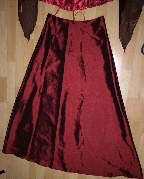 Svatební/plesové šaty, 42