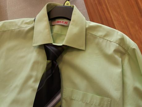 Košile (vel. 176/182) + kravata zdarma, 40
