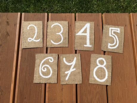 Čísla stolů 1-8,