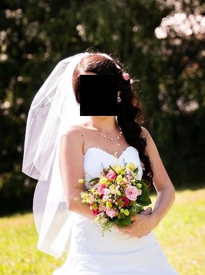 Třívrstvý svatební ZÁVOJ,