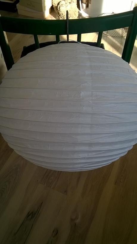 lampióny biele najvačšie na výzdobu sály, záhrady,