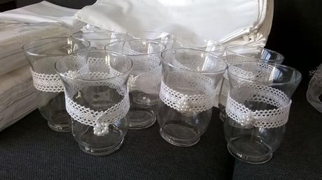 svietniky svadobné možno použiť aj ako vázičky,