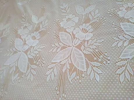 Biela záclona 4m x 1,80m,
