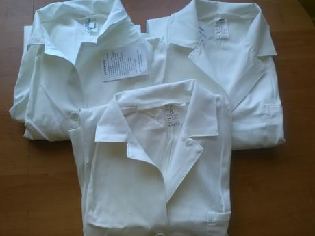 biely pracovný odev/plašť 1ks,