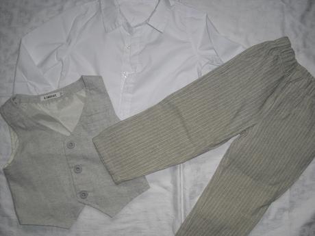 oblek ve vel. 90, 92