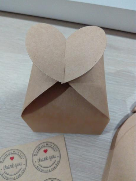 Papírové krabičky,