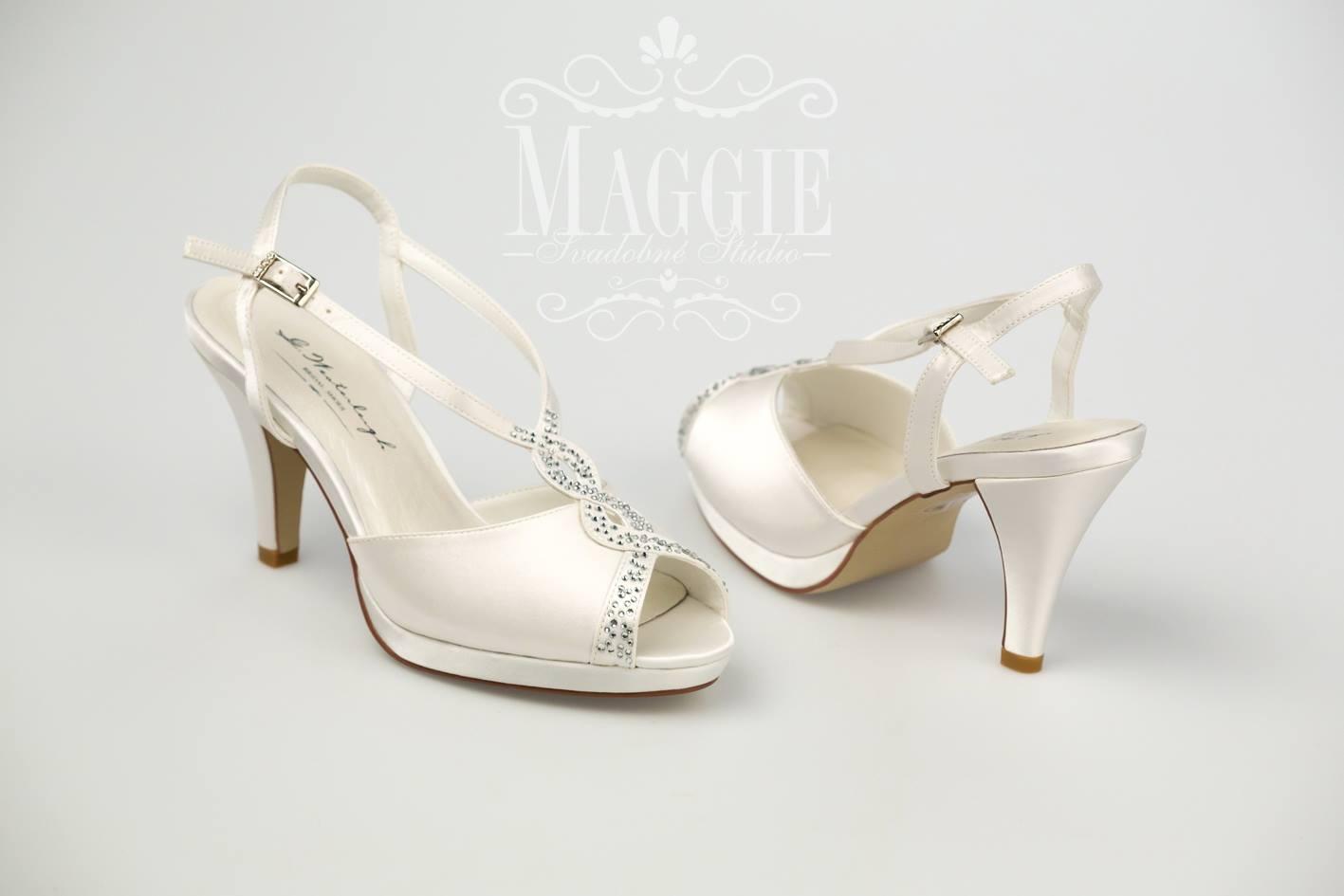 80357e82098f9 Sandálky rebecca biele veľkosť 35 a 37, 37 - 49,90 € | Svadobné shopy |  Mojasvadba.sk