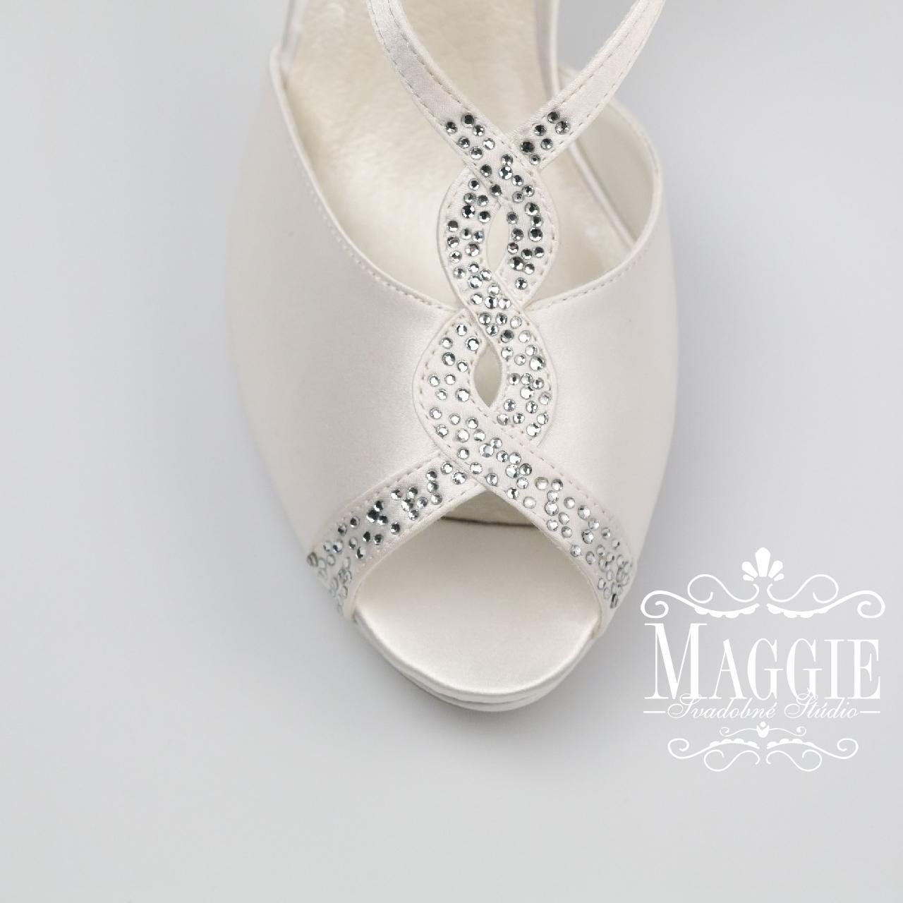 1d9c6be0f30e0 Sandálky rebecca biele veľkosť 35 a 37, 37 - 49,90 € | Svadobné ...