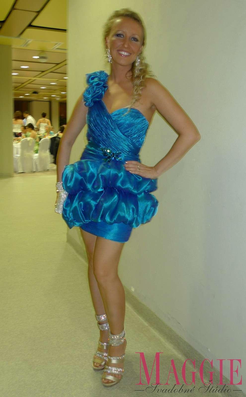 3abc086e04a9 Spoločenské šaty sherri hill - belinda