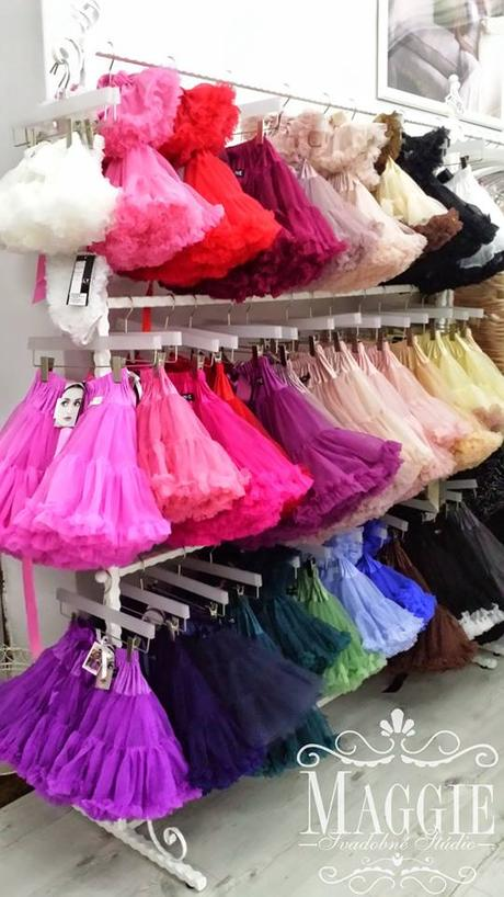 Novinka Dolly sukňa - žuvačková - veľ. XL (38-42), XL