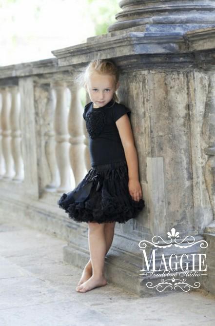 PETTI suknička - Simply black - veľ.M (32-34), M