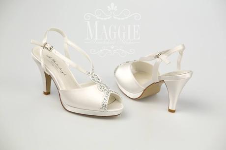 Sandálky Rebecca biele veľkosť 35 a 37, 37