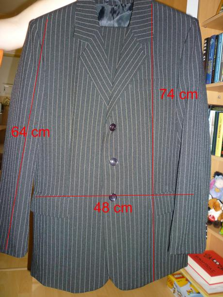 Čierny oblek s krémovými pásmi - M, 46