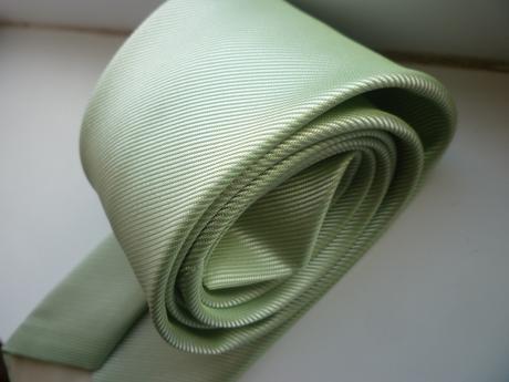 Svetlozelená kravata,