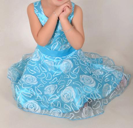 Společenské šaty pro družičku 3-12 let, 134
