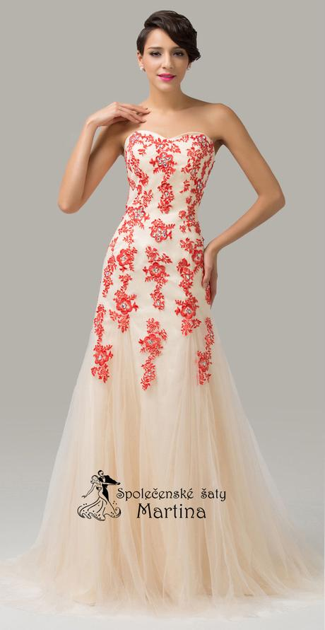 svatební šaty, 32